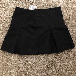 NWTs dark dark grey/black wide pleated mini skirt
